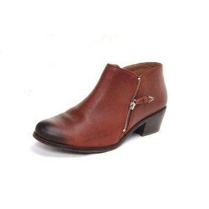 NWOB VIONIC boots booties ankle jolene 8